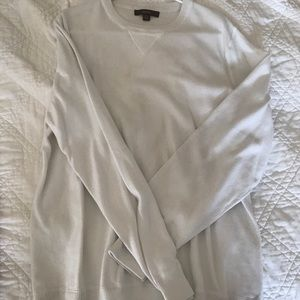 Merona White long-sleeve pullover large